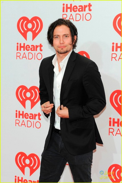 attends the iHeartRadio Music Festival at the MGM Grand Garden Arena on September 20, 2013 in Las Vegas, Nevada.
