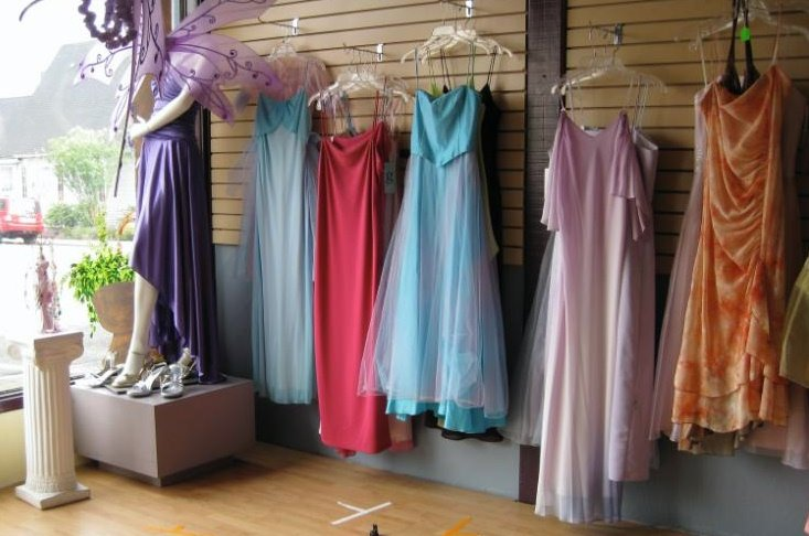 St. Helens Dress Shop (Twilight Port Angeles)