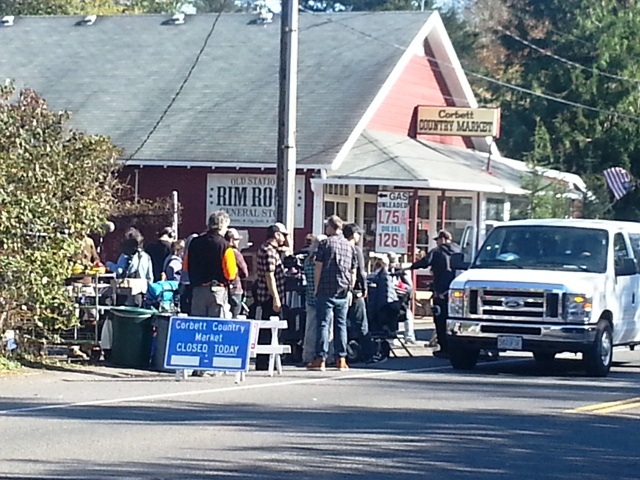 Reese Witherspoon in Portland Filming The Wild