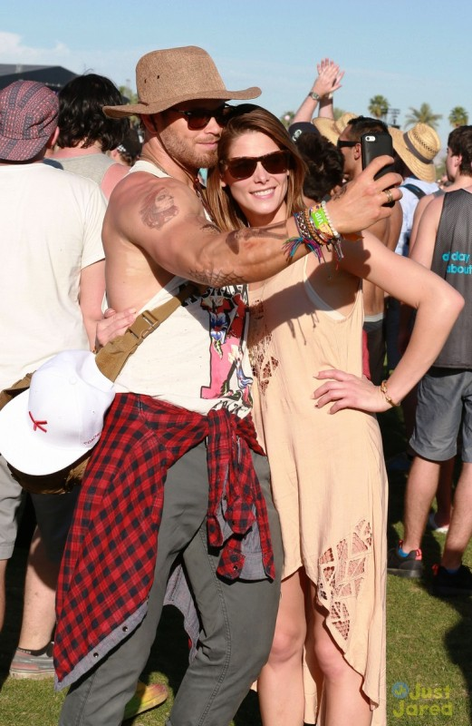 ashley-greene-paul-khoury-kellan-lutz-hang-out-at-coachella22BB
