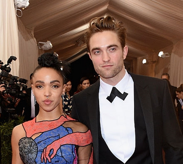 Robert Pattinson Attends MET GALA 2015